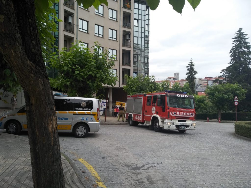 Bomberos en el accidente de la avenida de Portugal
