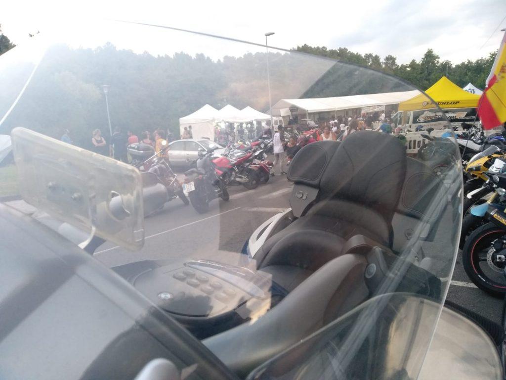 Motos en la concentración de A Valenzá