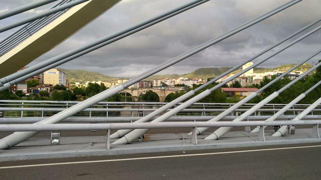 Ponte Romana vista desde la Ponte do Milenio