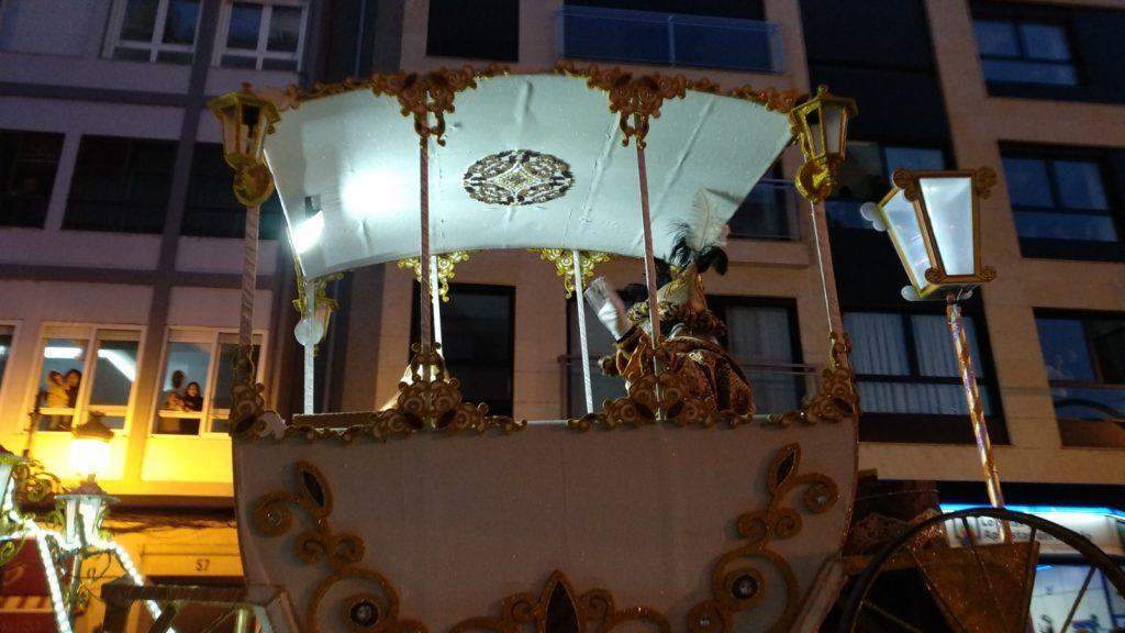 Albúm de fotos del desfile de sus Majestades los Reyes Magos en Ourense