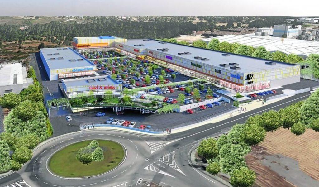 Centro Comercial Way en San Cibrao